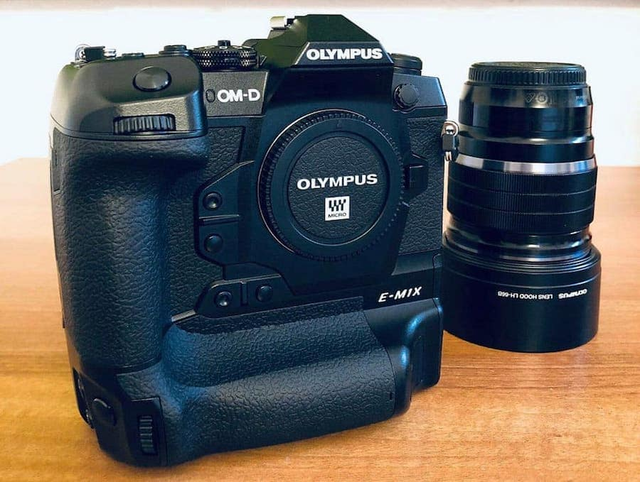 Full Features & Specs of Olympus OM-D E-M1X