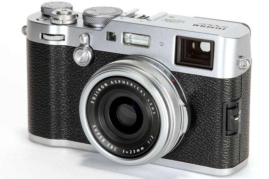 Fujifilm X100V Rumored to Feature Two-Way Tilt Screen