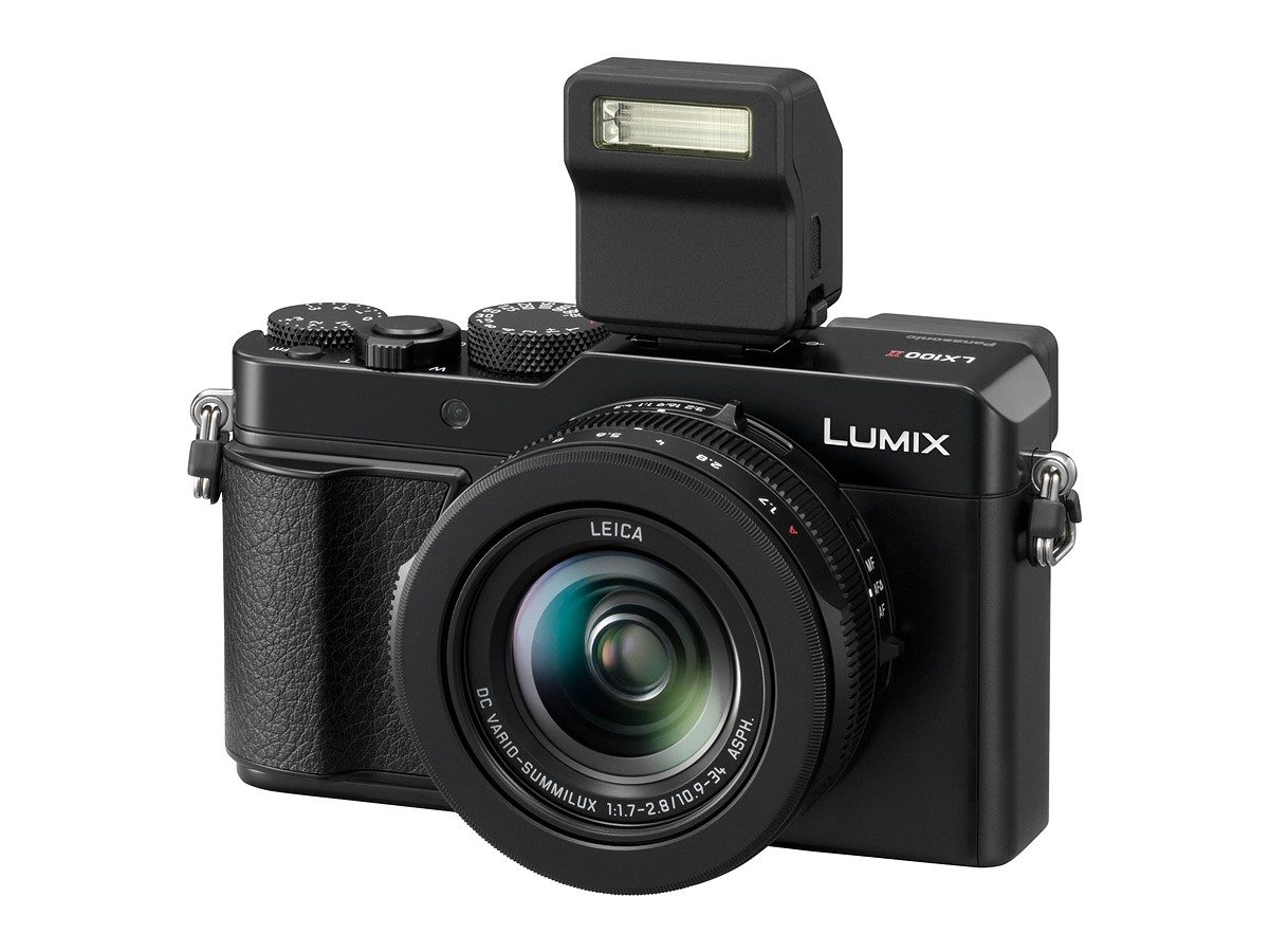 Panasonic DC-LX100 II Camera with 17MP multi-aspect sensor