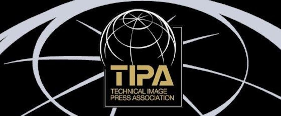 Best Photo Gear of 2020 : TIPA Awards