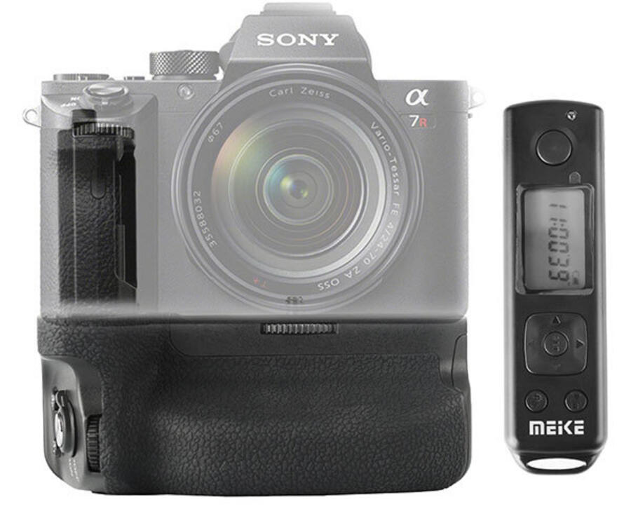 Two New Grips For Sony A7 & A9 Cameras